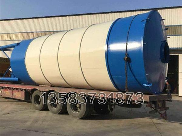 150吨水泥罐具有出料口以及出料控制阀,可以准确的掌握水泥的落料量