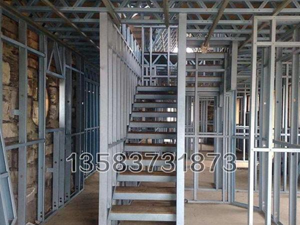 石家庄生产车间大型钢结构施工建设